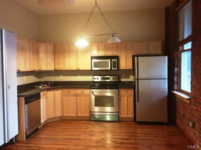 Rental Homes for Rent, ListingId:36985595, location: 325 Lafayette STREET Bridgeport 06604