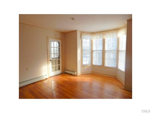 Rental Homes for Rent, ListingId:36985600, location: 100 Rose Hill AVENUE Danbury 06810