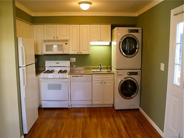 Rental Homes for Rent, ListingId:36917639, location: 240 Sunnyridge AVENUE Fairfield 06824