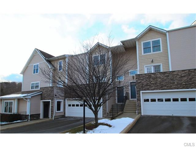 22 Stetson PLACE 22, Danbury in Fairfield County, CT 06811 Home for Sale