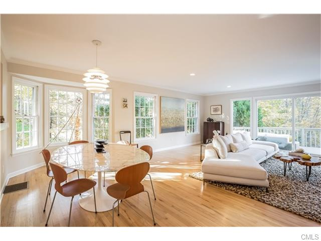 Photo of 279 Park STREET  New Canaan  CT