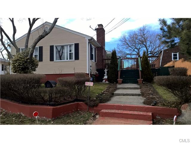 Photo of 25 Homecrest PLACE  Stratford  CT