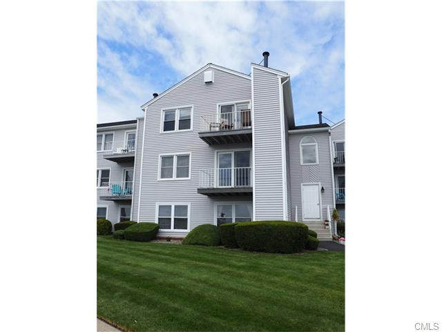215 Beach St, West Haven, CT 06516