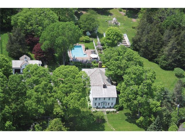19 Tudor Rd, Redding, CT 06896