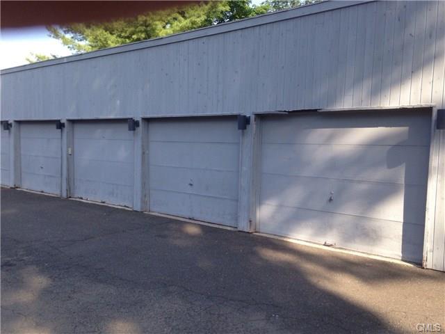 Photo of 16 Fox Hill Garage  Ridgefield  CT