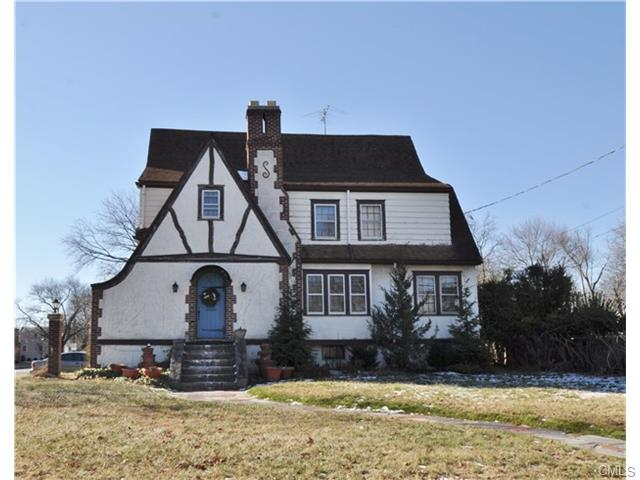 394 Penfield ROAD, Fairfield in Fairfield County, CT 06824 Home for Sale