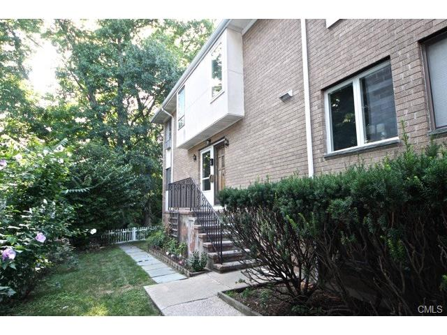 Photo of 26 Highview Avenue  Stamford  CT