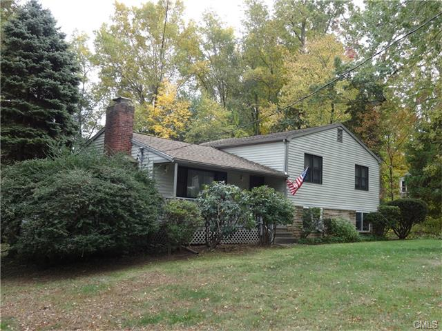 Photo of 98 Suzanne Circle  Trumbull  CT