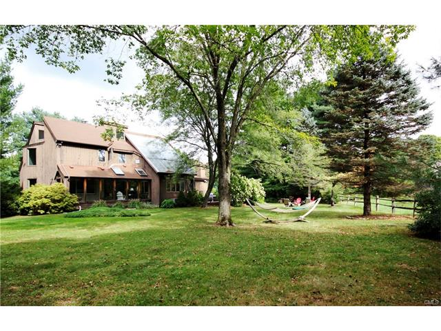 2 Old Field Rd, Weston, CT 06883