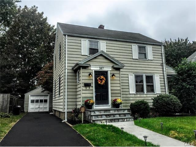 Photo of 387 Allyndale Drive  Stratford  CT