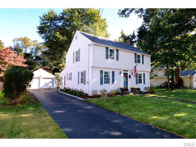 125 Willow Ave, Stratford, CT 06615