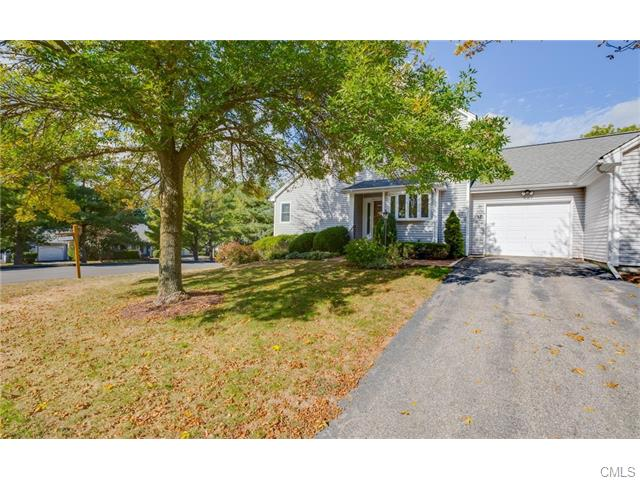 357 Aspetuck Trl, Shelton, CT 06484