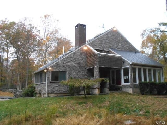 16 Dayton Rd, Redding, CT 06896