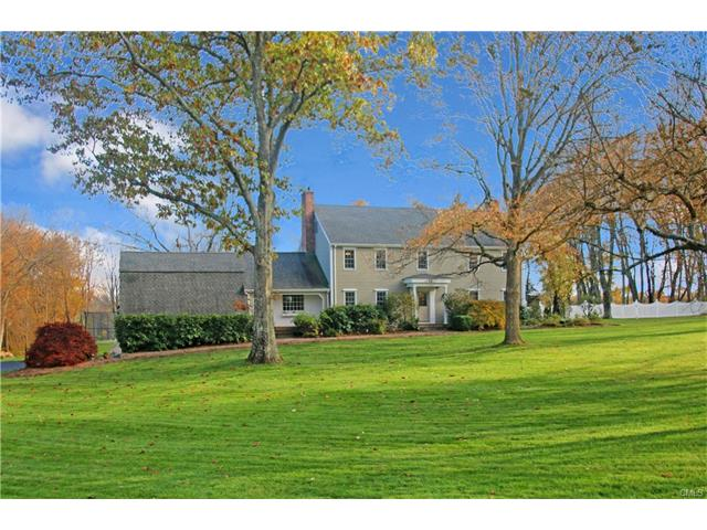 Photo of 28 Grand Place  Newtown  CT