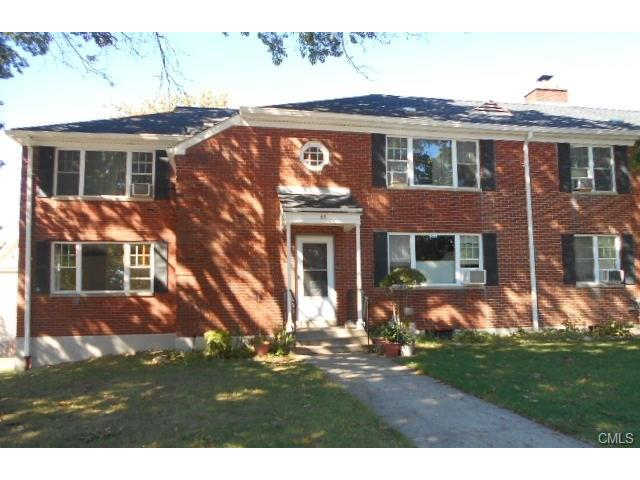 Photo of 65 Oakview Circle  Bridgeport  CT