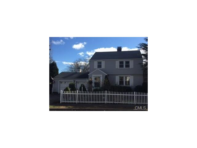 Photo of 325 Oldfield Road  Fairfield  CT