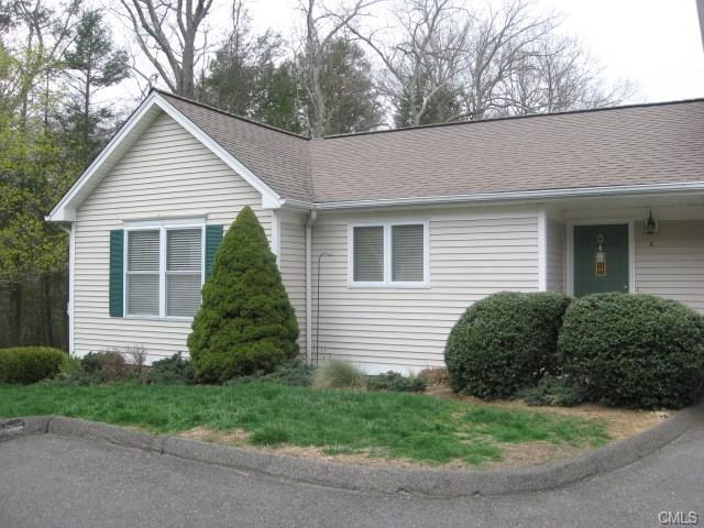 Photo of 6 Trout Brook Circle  Newtown  CT