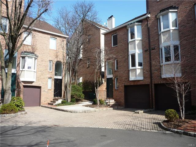 134 Forest St, Stamford, CT 06901