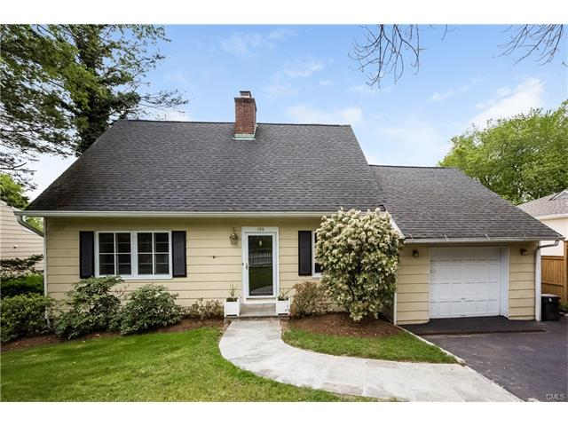 Photo of 199 Hollow Tree Ridge Road  Darien  CT