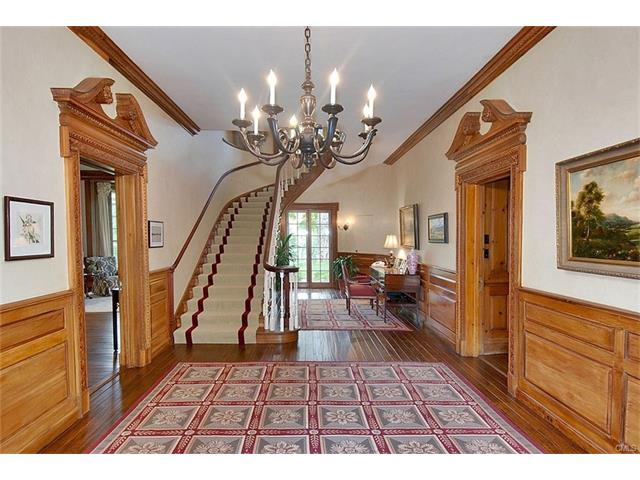 Photo 4 of 144 Huckleberry Hill Road Wilton CT