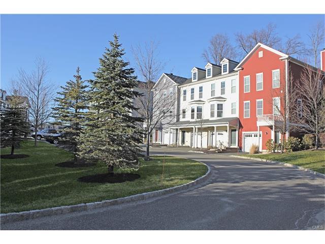 Photo of 13 Brinscall Court  Danbury  CT