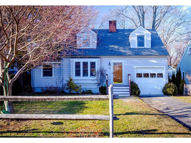 Photo of 18 Elm Street  Darien  CT