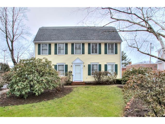 Photo of 135 Oldfield Road  Fairfield  CT