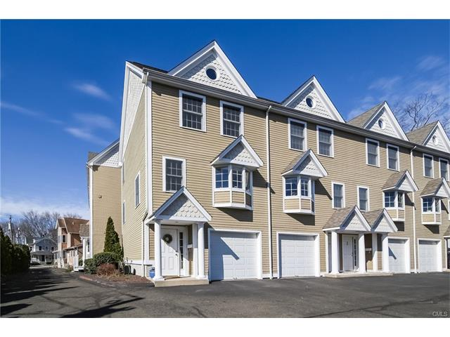 Photo of 16 Hillside Place  Norwalk  CT