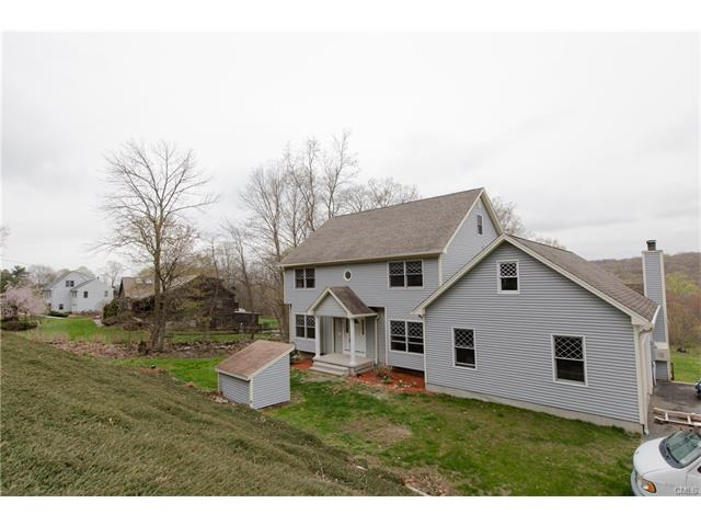 Photo of 423 Chestnut Tree Hill Road  Oxford  CT