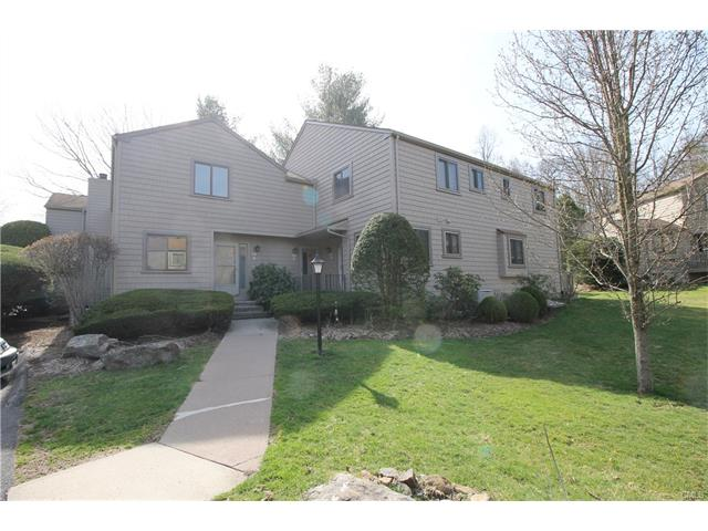 Photo of 32 Happy Hollow Circle  Stratford  CT