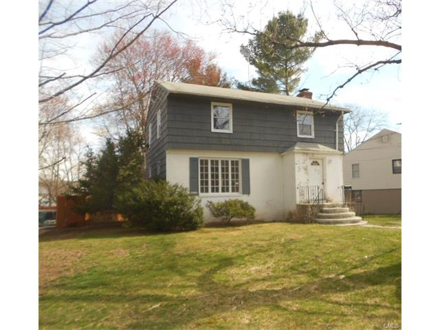 Photo of 89 Brooklawn Circle  New Haven  CT