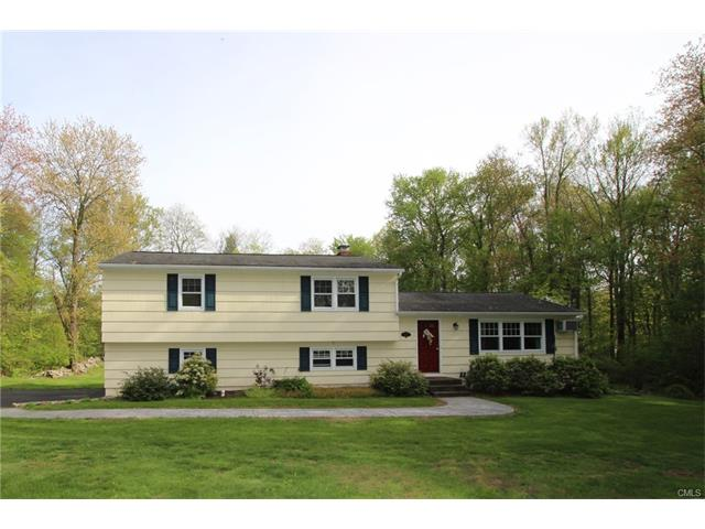 Photo of 16 Hyvue Drive  Newtown  CT