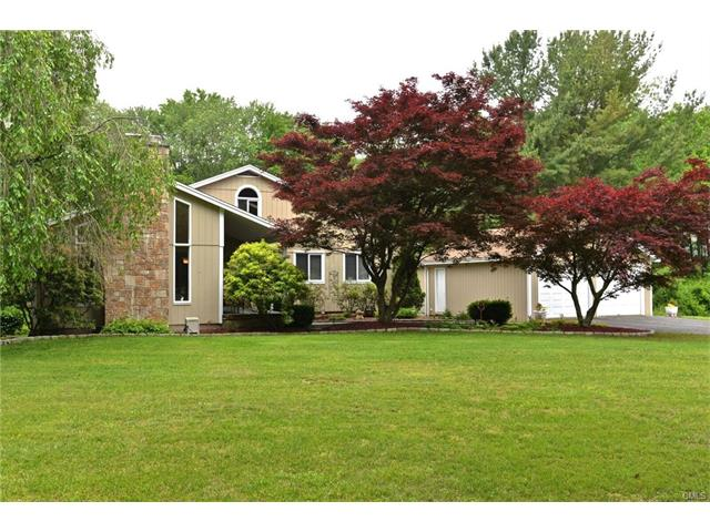 Photo of 298 North Georges Hill Road  Southbury  CT