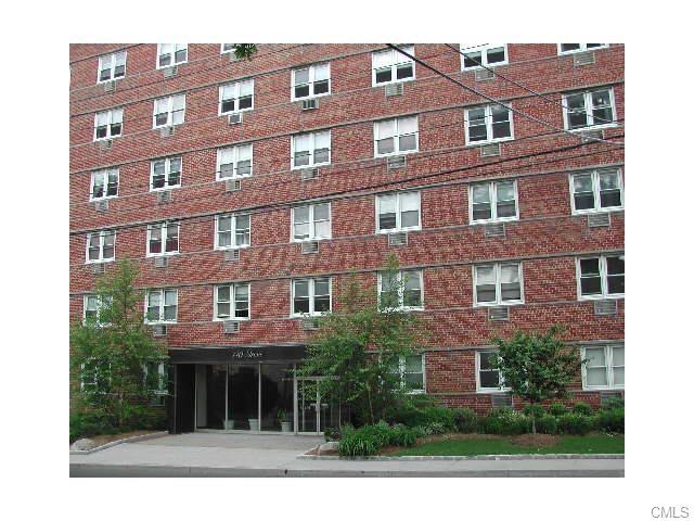 Photo of 140 Grove Street  Stamford  CT