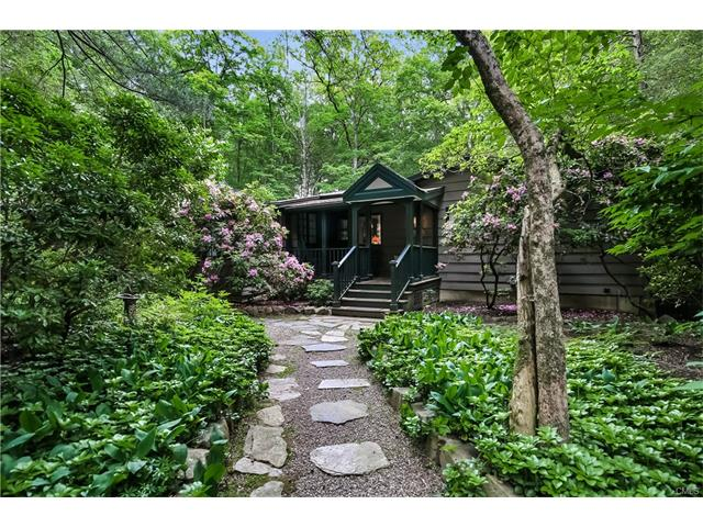 Photo of 206 Mill Road  New Canaan  CT