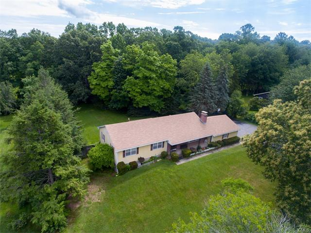 Photo of 8 Great Meadow Road  Seymour  CT