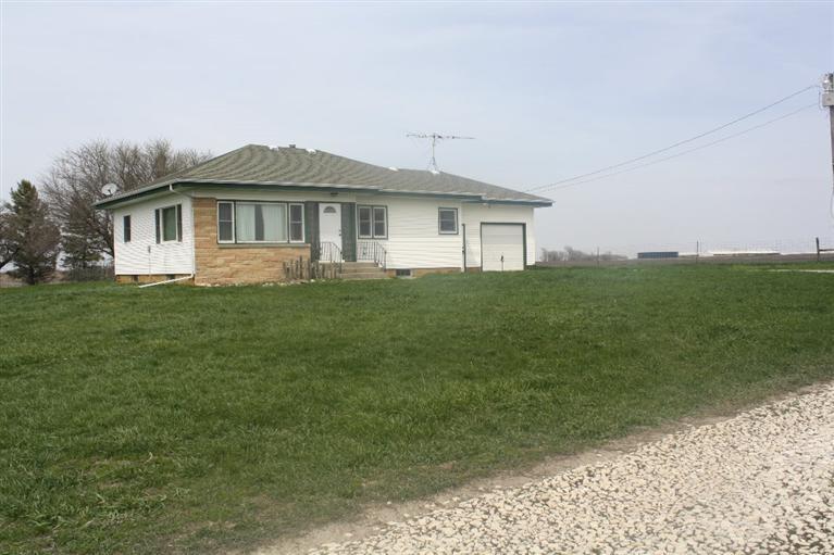 Real Estate for Sale, ListingId: 28053300, Lake City,IA51449