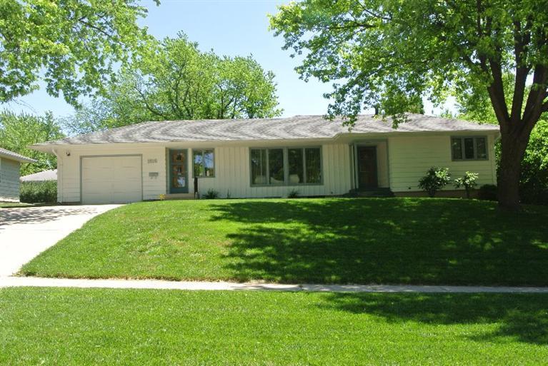 Real Estate for Sale, ListingId: 33765185, Carroll,IA51401