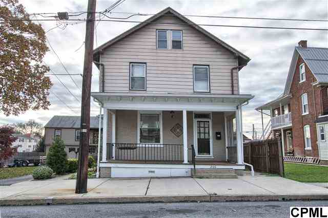 206 9th St, New Cumberland, PA 17070