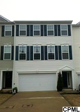 2228 Golden Eagle Dr, York, PA 17408