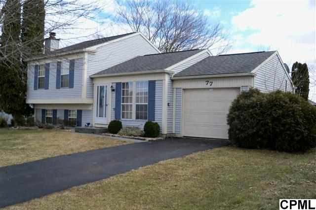 77 Honeysuckle Dr, Mechanicsburg, PA 17050