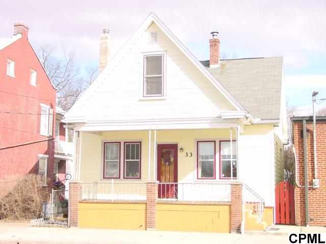 33 E South St, Carlisle, PA 17013