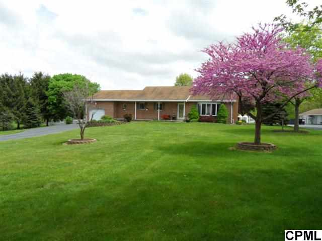 1648 Old Forge Rd, Annville, PA 17003