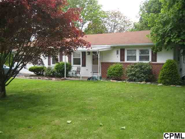 62 Lonesome Rd, Newville, PA 17241