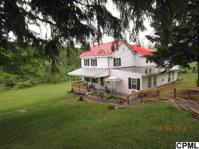 2906 Valley Rd, Marysville, PA 17053