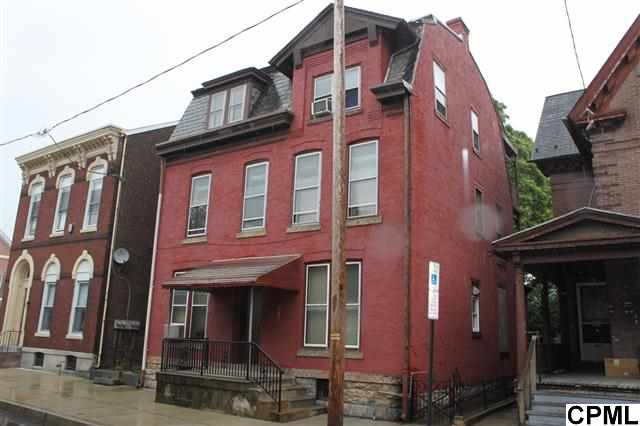 322 N 9th St, Lebanon, PA 17046