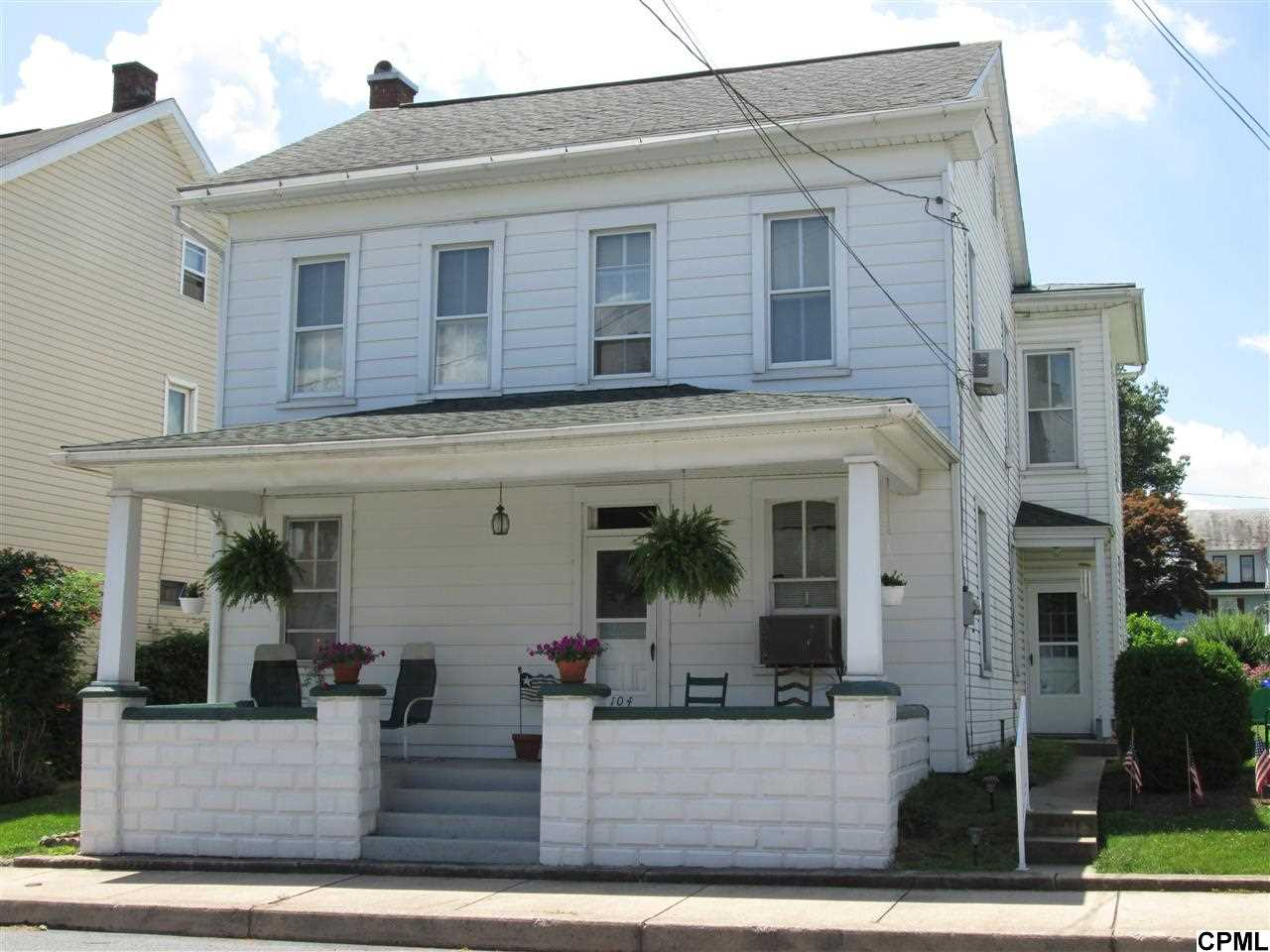 104 E Main St, Richland, PA 17087