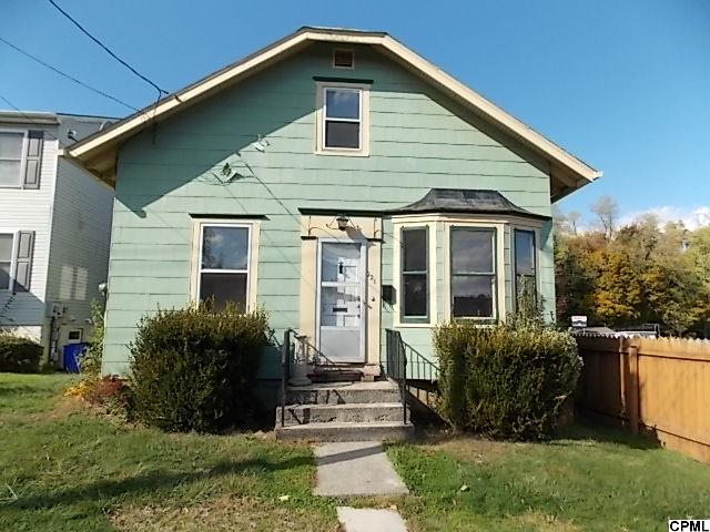 221 12th St, New Cumberland, PA 17070