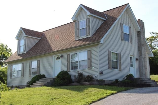 1665 County Line Rd, Franklin Township, PA 17372