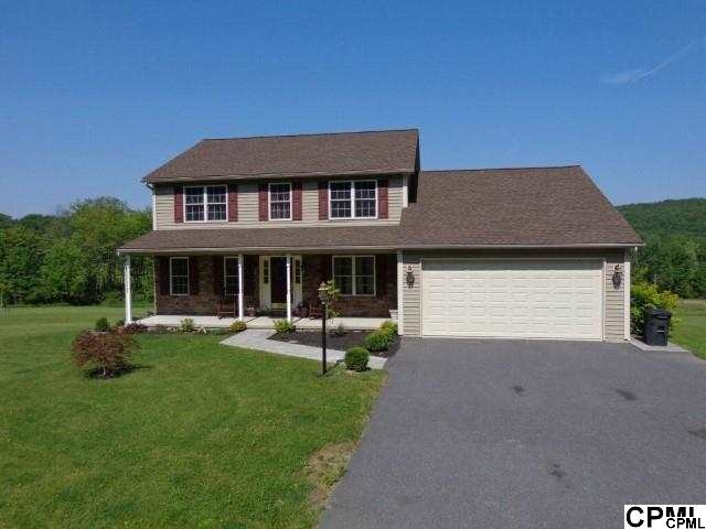 74 Buchanan Valley Rd, Orrtanna, PA 17353